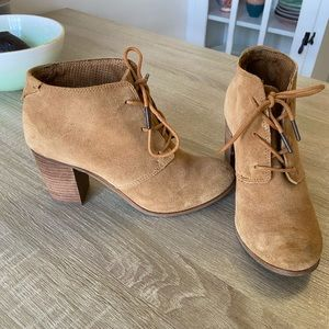 Toms heeled booties size 8